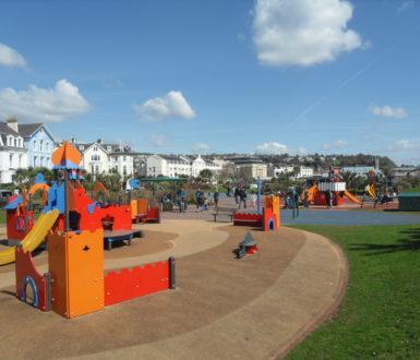 Den play park